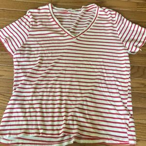 🌟nwot Reformation Striped v neck t shirt medium